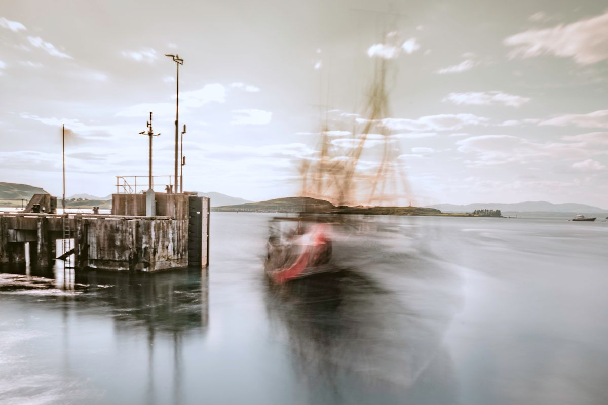 Geisterschiff / ghost ship (Oban Schottland - Scotland) art710